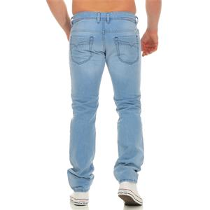 DIESEL Iakop 0605L Regular Slim Tapered Jeans